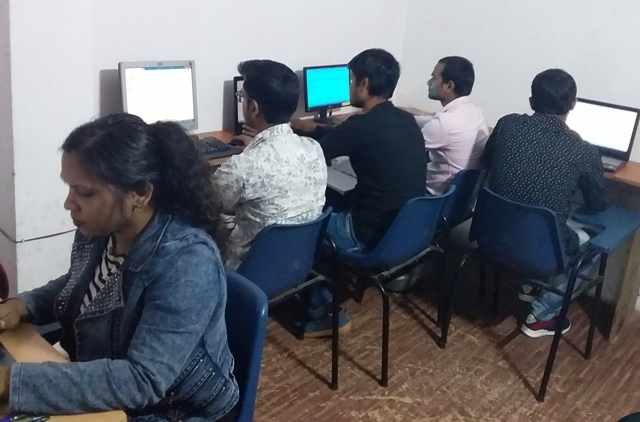 Best PHP and Python Training Institute In Noida SS-TECH